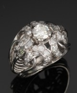 Vintage ring, white gold, with diamonds, total approx. 1.20 ct. 1950s