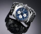 Breitling 'Chronomat Evolution'. Herrechronograf i stål med blå skive, 2000'erne