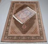 To persiske tæpper (2)