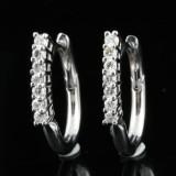18kt diamond earrings approx. 0.30ct