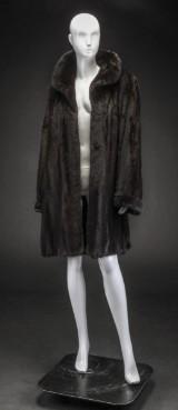 Mahogany mink coat, Saga Mink, size 42, labelled A.C. Bang