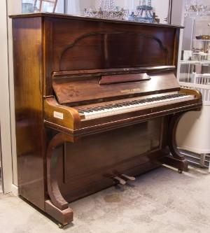 klaver hornung og møller