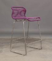 Verner Panton. VP ONE barstol i farven Montparnasse