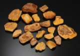 Collection of amber, approx. 430 grams