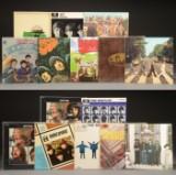 En samling på 15  LP plader med  Beatles  (15).