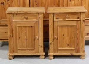 m bel lamin m bler alliance kl deskab samt natskabe af fyrretr 3 dk. Black Bedroom Furniture Sets. Home Design Ideas