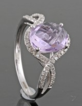Amethyst and diamond ring approx. 0.40ct