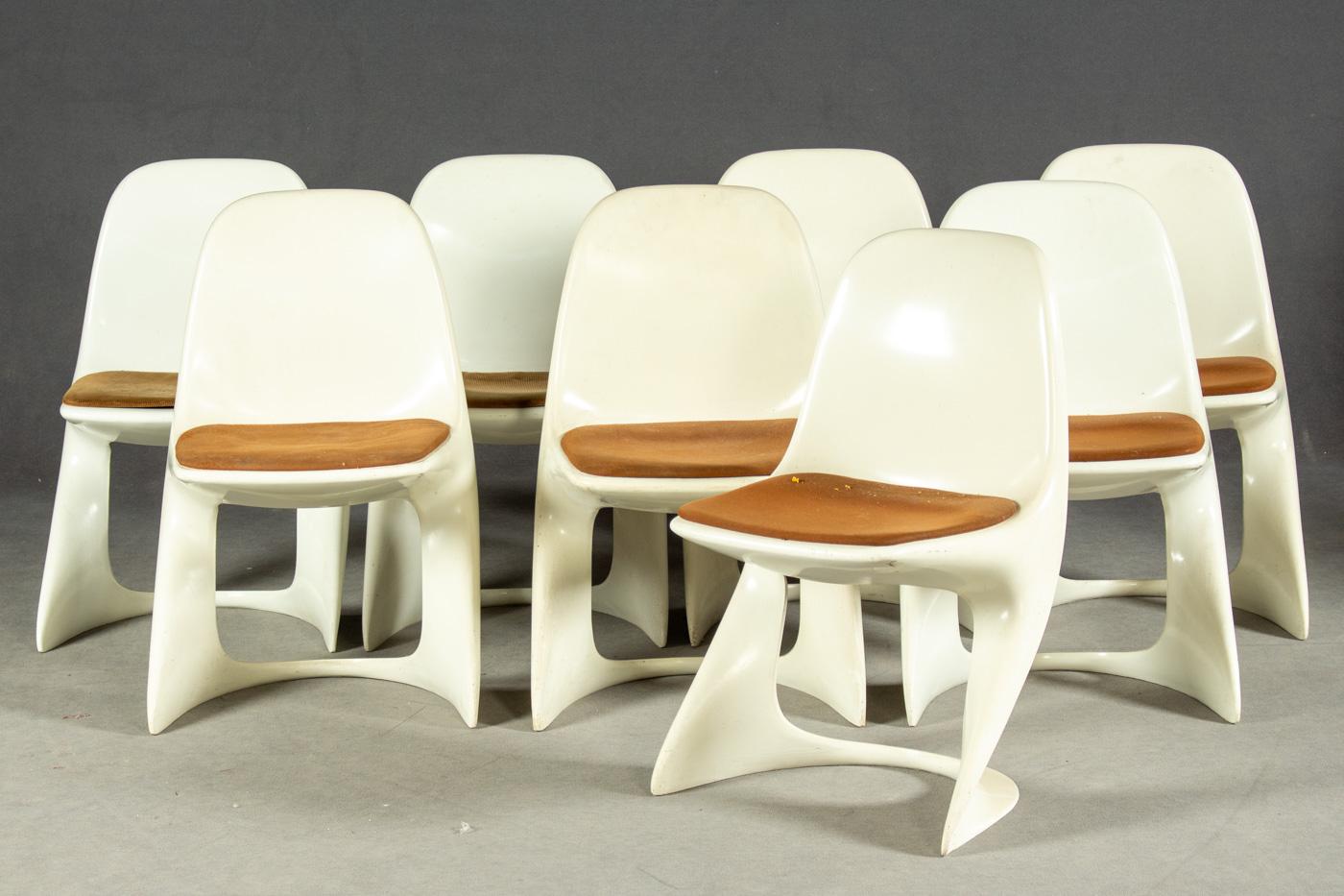 Auktionstipset - Alexander Begge, Stühle aus Kunststoff für Casala (9)