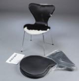 Læder/ koskindsovertræk til Arne Jacobsen 3107 stole. (6)