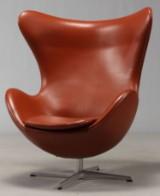 Arne Jacobsen. Lounge chair, The Egg, model 3316. Original leather