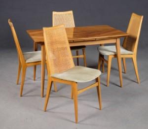 Essgruppe Tisch Stühle Der 1960er Jahre In Nuss Für Benze Möbel