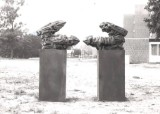 Bronzeskulptur, Margret Zelosko, 'Konfrontation' (2)