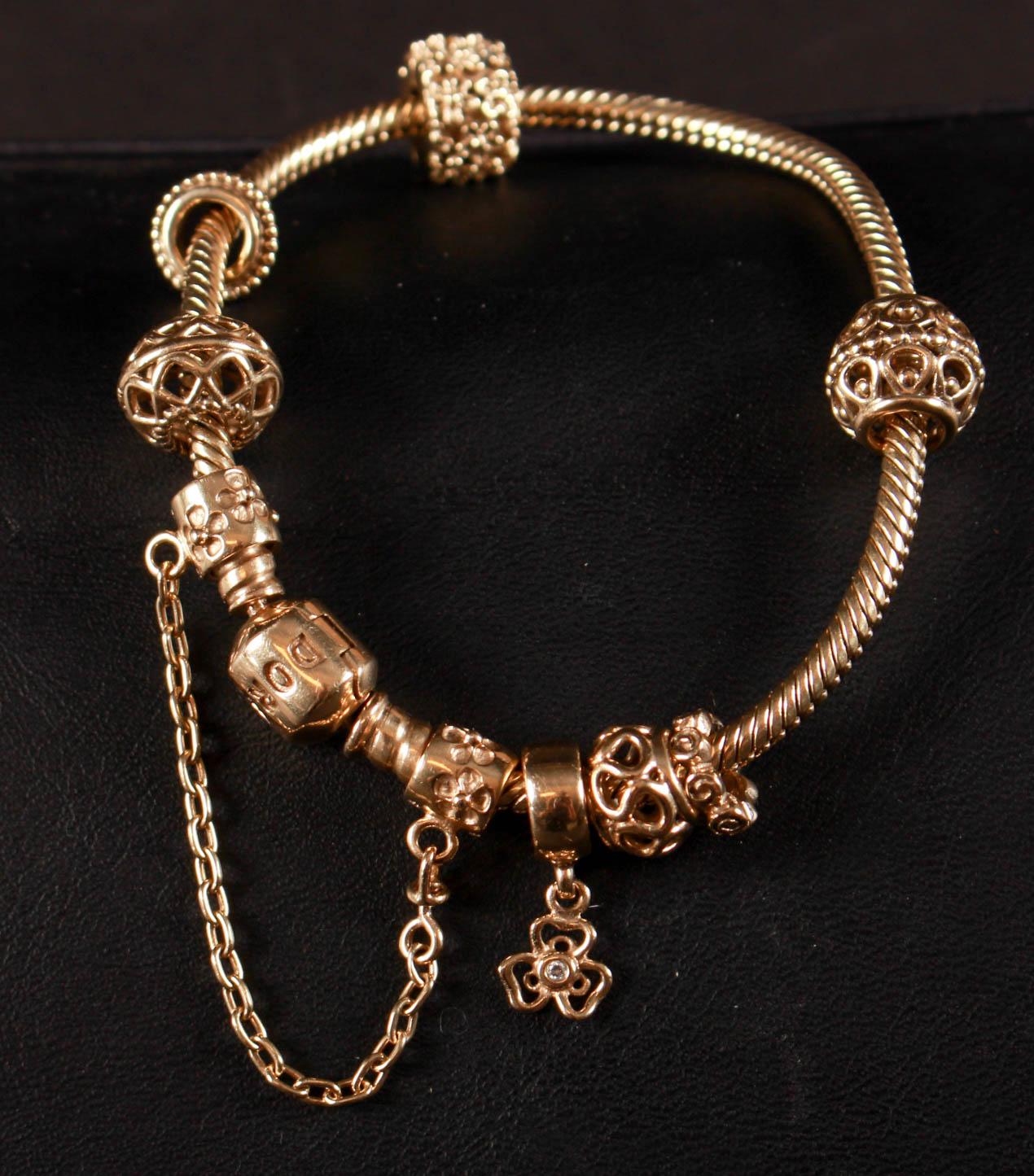 Guld armbånd 14 køb, salg og brugt lige her | Se mere her
