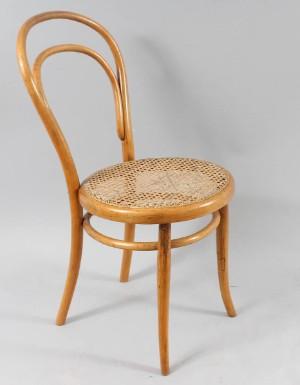 slutpris f r thonet stol nr 14 181900 tal. Black Bedroom Furniture Sets. Home Design Ideas