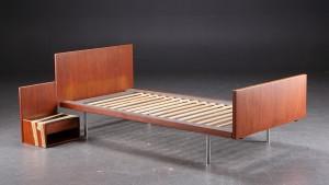 getama seng Hans J. Wegner for Getama. Seng af teaktræ   Lauritz.com getama seng