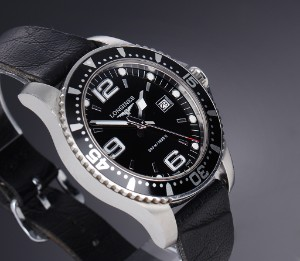 Nye og brugte herreure - Rolex, Cartier, Omega, Breitling - Longines 'Hydro Conquest'. Herreur i ...