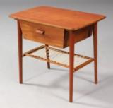 Dansk møbelproducent. Sybord, teaktræ, 1960'erne