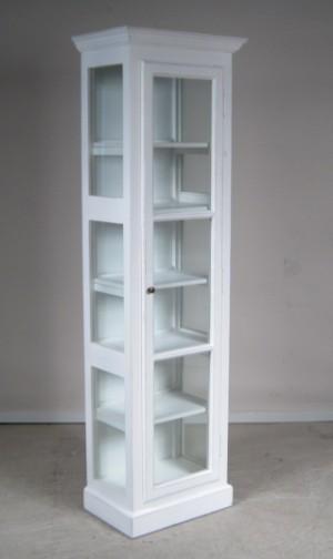glasskab Højt glasskab i fransk landstil   Hvidmalet træ | Lauritz.com glasskab