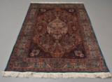 Orientalsk tæppe. 225 x 140 cm