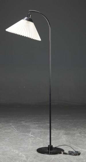Standerlampe Plisseskærm