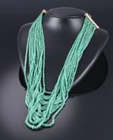 Italiensk guldsmed. Multi-radet  retro smaragdhalskæde med lås af 18 kt. guld, Udine ca. 1970-80'erne