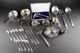 Samling diverse sølv, korpus og bestik (28)