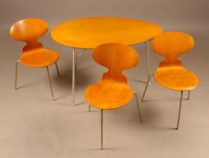 m bel arne jacobsen tisch modell 3603 mit. Black Bedroom Furniture Sets. Home Design Ideas