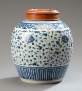 Kinesisk lågbojan af porcelæn, 1700-tallet