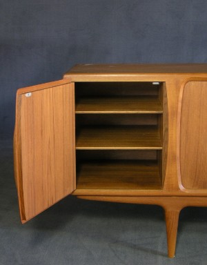 m bel johannes andersen sideboard f r uldum m belfabrik de hamburg gro e. Black Bedroom Furniture Sets. Home Design Ideas
