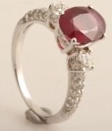 Ring with ruby and diamonds in 18k approx. 0.25ct
