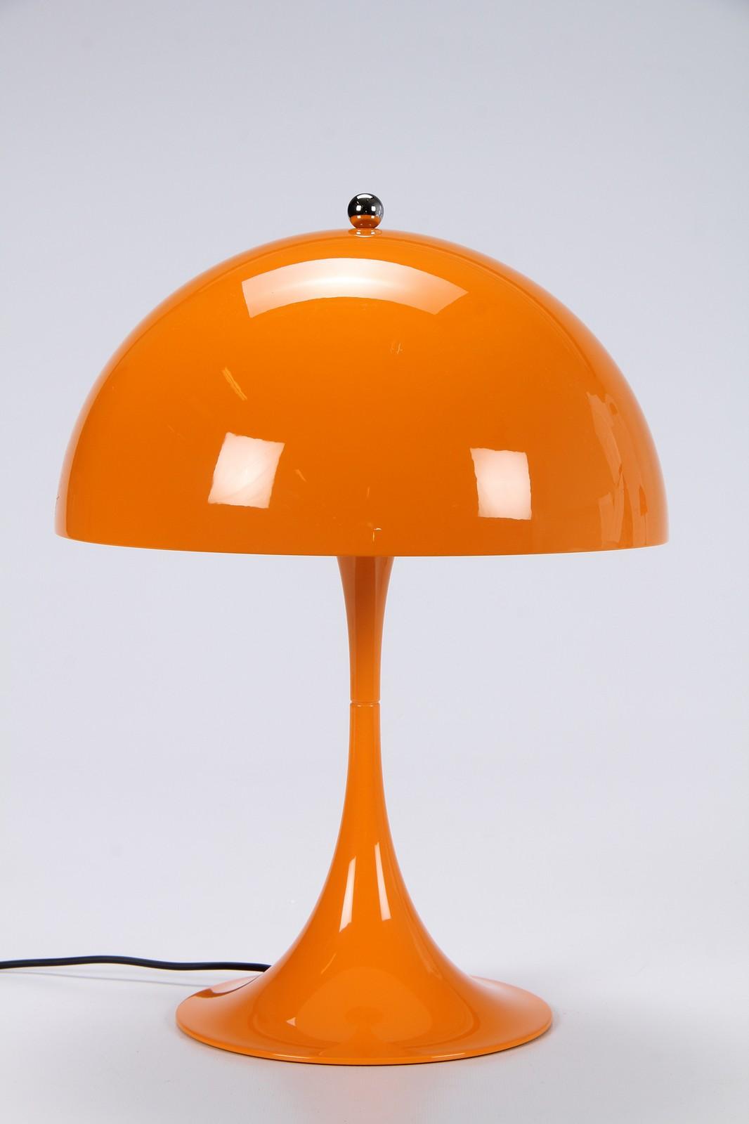 Ryddig Auktionstipset - Verner Panton for Louis Poulsen, model Panthella NS-22