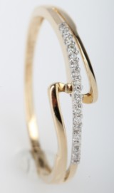 Brillantring fra Diamonds by Frisenholm. 14 kt. guld, 0.05 ct