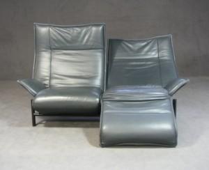 vico magistretti zweiersofa veranda f r cassina. Black Bedroom Furniture Sets. Home Design Ideas