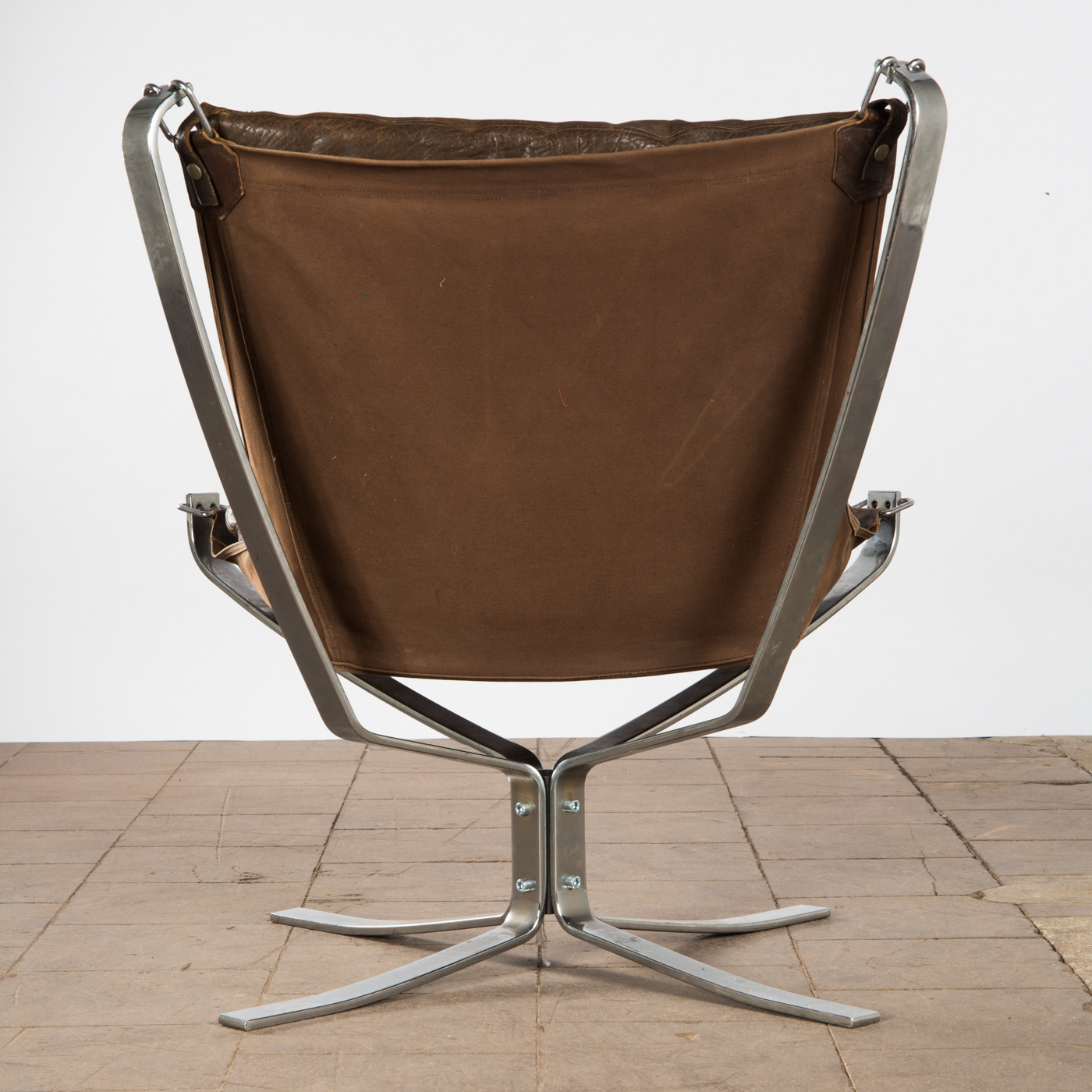 Sigurd Ressell, Vatne Møbler, two chairs lounge chairs