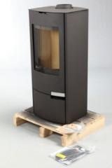 Jydepejsen brændeovn, Model: Natura stål Farve: sort