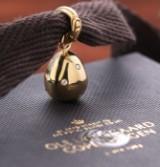 Ole Lynggaard. 'Sweet Drops' charm af 18 kt. blankpoleret guld