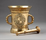 A large apothecary mortar, brass, with pestle, 18th century (2)