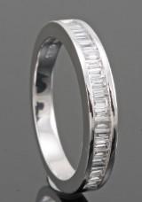 18kt baguette-cut diamond wedding ring approx. 0.25ct