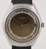 Citizen. Vintage herreur i stål med changerende skive med dato