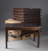 Samling spiseborde af mahognibejdset krydsfiner (11)