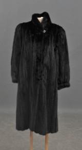Saga, Royal Mink, Black. Dampäls, strl 34