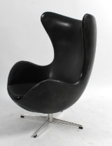 Arne Jacobsen, lounge chair, The Egg, black original leather, 1968