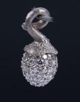 Ole Lynggaard. 'My Little World' pavé bud charm, 18 kt. white gold, diamonds