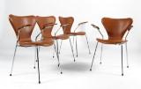 Arne Jacobsen. Fire armstole 'syveren' model 3207.  (4)