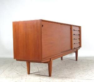 Lauritz.  Möbel   Teak Sideboard der 1950/60er Jahre, wohl