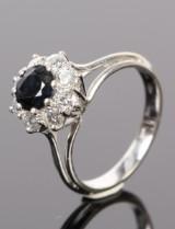 Vintage diamant- og safirring, 14 kt hvidguld, 0.80 ct.