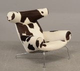 Hans J. Wegner - Ox Chair with cow skin