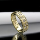 Gold eternity ring with diamonds, approx. 0.72 ct.