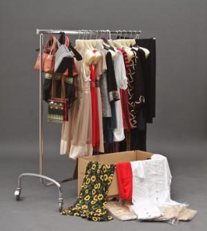 c584393e7f65 Restparti med blandede kjoler
