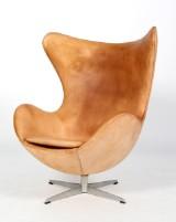 Arne Jacobsen. Ægget, lænestol